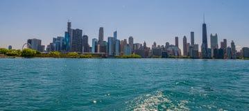Ορίζοντας του Σικάγου - δείτε από τη λίμνη Μίτσιγκαν - ΣΙΚΑΓΟ, ΗΠΑ - 12 ΙΟΥΝΊΟΥ 2019 στοκ φωτογραφία