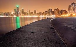 Ορίζοντας του Σικάγου και αποβάθρα βόρειων λεωφόρων Στοκ Φωτογραφία