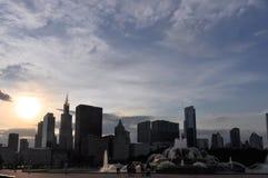 Ορίζοντας του Σικάγου στο σούρουπο, Ιλλινόις Στοκ Φωτογραφίες