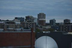Ορίζοντας του στο κέντρο της πόλης Μόντρεαλ, Καναδάς στοκ φωτογραφία με δικαίωμα ελεύθερης χρήσης