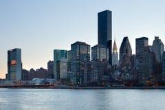 Ορίζοντας του της περιφέρειας του κέντρου Μανχάταν στην πόλη της Νέας Υόρκης στοκ εικόνες με δικαίωμα ελεύθερης χρήσης