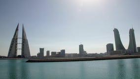 Ορίζοντας Manama κατά τη διάρκεια της ημέρας pan απόθεμα βίντεο