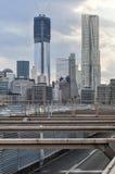 Ορίζοντας NYC από τη γέφυρα του Μπρούκλιν Στοκ Φωτογραφίες