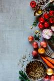 Οργανικά λαχανικά για το μαγείρεμα Στοκ φωτογραφία με δικαίωμα ελεύθερης χρήσης