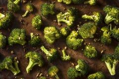 Οργανικά πράσινα ψημένα Florets μπρόκολου Στοκ εικόνα με δικαίωμα ελεύθερης χρήσης