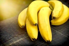 Οργανικές μπανάνες - κινηματογράφηση σε πρώτο πλάνο στοκ εικόνα