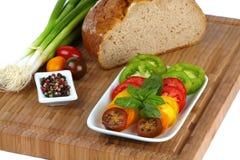 οργανικές τεμαχισμένες ντομάτες στοκ εικόνες με δικαίωμα ελεύθερης χρήσης