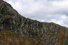 Ορειβάτες στην αιχμηρή άκρη, Blencathra στοκ εικόνες με δικαίωμα ελεύθερης χρήσης