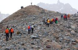 Ορειβάτες στο βουνό της Fitz Roy Στοκ εικόνες με δικαίωμα ελεύθερης χρήσης