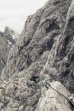 Ορειβάτης στη στάση Ellmauer Στοκ φωτογραφία με δικαίωμα ελεύθερης χρήσης