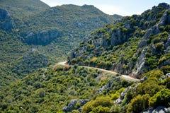Ορεινός δρόμος στη χερσόνησο Bozburun στην Τουρκία στοκ εικόνες