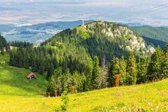 Ορεινός όγκος Postavarul, Poiana Brasov, Ρουμανία στοκ εικόνες