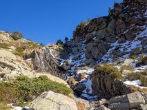 Ορεινό και χιονώδες τοπίο στη Ανδόρα στοκ φωτογραφία