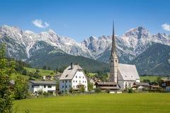Ορεινό χωριό το καλοκαίρι, Μαρία Alm, Σάλτζμπουργκ, Αυστρία Στοκ Εικόνες