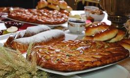Ορεκτική κατακόκκινη πίτα κερασιών Στοκ Εικόνες