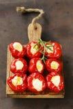 Ορεκτικών antipasti πιπέρια που γεμίζονται γλυκά με το τυρί Στοκ Εικόνα