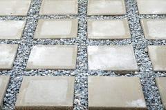 Ορθογώνιο συγκεκριμένο flagstone Στοκ φωτογραφία με δικαίωμα ελεύθερης χρήσης