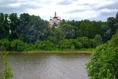 Ορθόδοξο, αγροτικό, χριστιανικό μοναστήρι Στοκ Φωτογραφία