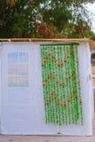 Ορθόδοξο εβραϊκό Sukkah κατά τη διάρκεια των διακοπών Sukkot στην Ιερουσαλήμ, Ισραήλ Εβραϊκό φεστιβάλ Sukkot Παραδοσιακή καλύβα s στοκ εικόνα με δικαίωμα ελεύθερης χρήσης