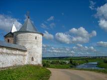 Ορθόδοξο μοναστήρι στην περιοχή της Μόσχας της κεντρικής Ρωσίας στοκ φωτογραφία με δικαίωμα ελεύθερης χρήσης