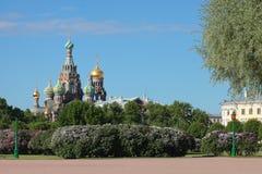 Ορθόδοξη Εκκλησία του Savior στο αίμα θόλος Isaac Πετρούπολη Ρωσία s Άγιος ST καθεδρικών ναών Στοκ Εικόνες
