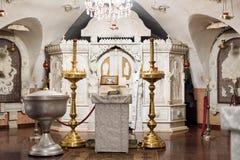Ορθόδοξο εσωτερικό χριστιανικών εκκλησιών Εικονίδια, νωπογραφίες και εικονοστάσιο Στοκ φωτογραφία με δικαίωμα ελεύθερης χρήσης