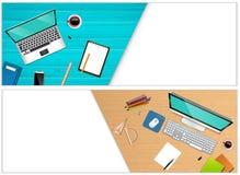 Οριζόντια εμβλήματα του τοπ γραφείου εργασιακών χώρων άποψης με έναν εξοπλισμό lap-top και γραφείων Στοκ φωτογραφία με δικαίωμα ελεύθερης χρήσης