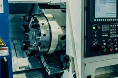 Οριζόντια μηχανή τόρνου στροφής CNC τόρνοι κρεβατιών ραπίσματος στοκ εικόνα με δικαίωμα ελεύθερης χρήσης