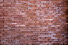 οριζόντιος κόκκινος καλυμμένος τοίχος σύστασης τούβλου ανασκόπησης Στοκ φωτογραφίες με δικαίωμα ελεύθερης χρήσης