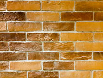 οριζόντιος κόκκινος καλυμμένος τοίχος σύστασης τούβλου ανασκόπησης Μαύρο παλαιό αστικό BA τουβλότοιχος Στοκ Φωτογραφίες