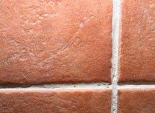 Οριζόντιος ορθογώνιος κεραμωμένος τοίχος στο λουτρό στοκ φωτογραφία με δικαίωμα ελεύθερης χρήσης
