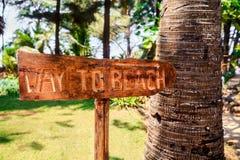οριζόντιος τρόπος στην παραλία sign.CR2 Στοκ Φωτογραφία