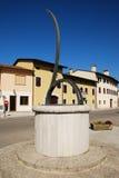 Οριζόντιο ηλιακό ρολόι σε Aiello Στοκ εικόνα με δικαίωμα ελεύθερης χρήσης