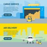Οριζόντιο σύνολο εμβλημάτων επιχείρησης παροχής υπηρεσιών παράδοσης μεταφορών εναέριου φορτίου κινούμενων σχεδίων διάνυσμα απεικόνιση αποθεμάτων