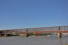 ορισμένο ύφος αστικό διάνυσμα απεικόνισης γκράφιτι πόλεων γεφυρών ανασκόπησης grunge στοκ εικόνες