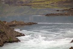 Ορμητικά σημεία ποταμού του ποταμού Paine Torres del Paine στο National πάρκο, περιοχή Magallanes, της νότιας Χιλής Στοκ φωτογραφίες με δικαίωμα ελεύθερης χρήσης