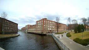 Ορμητικά σημεία ποταμού Tammerkoski, Τάμπερε, Φινλανδία απόθεμα βίντεο