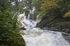 Ορμώντας νερά Στοκ εικόνες με δικαίωμα ελεύθερης χρήσης