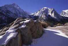 οροσειρά χειμώνας της Νεβάδας βουνών Καλιφόρνιας Στοκ εικόνα με δικαίωμα ελεύθερης χρήσης