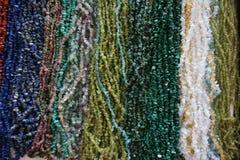 ορυκτό περιδέραιο πολύτιμων λίθων χρώματος Στοκ φωτογραφία με δικαίωμα ελεύθερης χρήσης