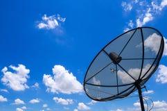 δορυφόρος με το σαφή μπλε ουρανό Στοκ Εικόνες