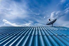 δορυφόρος στεγών Στοκ Φωτογραφίες