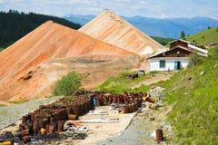 Ορυχεία οικοδόμησης στα βουνά Altai Στοκ φωτογραφία με δικαίωμα ελεύθερης χρήσης
