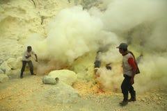 Ορυχεία Kawah Ijen θείου στην ανατολική Ιάβα, Ινδονησία Στοκ Εικόνες