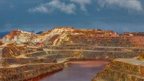 Ορυχείο του Ρίο Tinto τη θυελλώδη ημέρα Στοκ Εικόνες