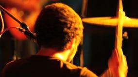 Ορχήστρα ροκ στη σκηνή φιλμ μικρού μήκους