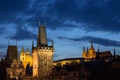 Ορόσημα στην Πράγα στο σούρουπο Στοκ Εικόνα