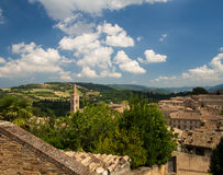 Ορόσημα της Ιταλίας πανοραμική άποψη του Ούρμπινο, περιοχή ΙΙ της ΟΥΝΕΣΚΟ Στοκ Εικόνες