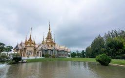 ορόσημο watnonkum του nakhonratchasima Το Somdet είναι μεγαλύτερο στον κόσμο στοκ φωτογραφίες
