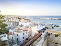 Οτράντο με το κάστρο Aragonese, Apulia, Ιταλία Στοκ Εικόνες